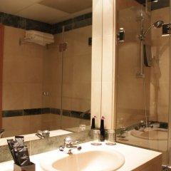 Отель Holiday Inn Madrid - Pirámides ванная