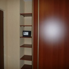 Гостиница Мона Лиза сейф в номере