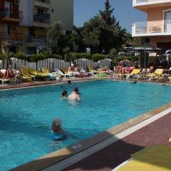 Mutlu Apart Otel Турция, Дидим - отзывы, цены и фото номеров - забронировать отель Mutlu Apart Otel онлайн бассейн фото 2