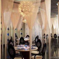 Отель Mandarin Oriental Kuala Lumpur Малайзия, Куала-Лумпур - 2 отзыва об отеле, цены и фото номеров - забронировать отель Mandarin Oriental Kuala Lumpur онлайн питание фото 2