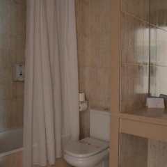 Отель Gran Garbi Mar Испания, Льорет-де-Мар - отзывы, цены и фото номеров - забронировать отель Gran Garbi Mar онлайн ванная