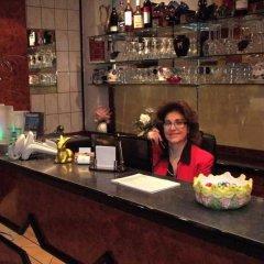Hotel Ariana гостиничный бар