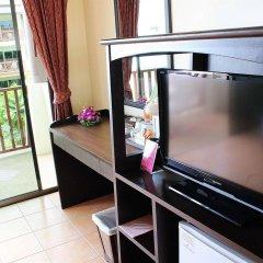 Отель Kata Sea Breeze Resort удобства в номере