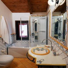 Отель Residence Casale Da Padeira Лакко-Амено ванная