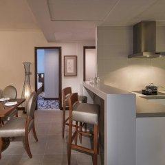 Отель Pullman Dubai Creek City Centre Residences в номере