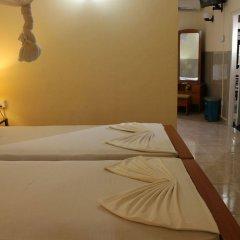 Отель French Garden Tourist Rest Анурадхапура комната для гостей фото 5