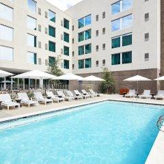 Отель AC Hotel by Marriott Phoenix Biltmore США, Финикс - отзывы, цены и фото номеров - забронировать отель AC Hotel by Marriott Phoenix Biltmore онлайн бассейн