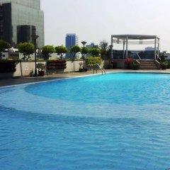 Отель Four Wings Бангкок бассейн фото 2
