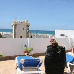 Отель Hostal Torre de Guzman Испания, Кониль-де-ла-Фронтера - отзывы, цены и фото номеров - забронировать отель Hostal Torre de Guzman онлайн пляж фото 2