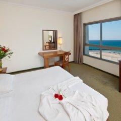 Leonardo Plaza Haifa Израиль, Хайфа - 2 отзыва об отеле, цены и фото номеров - забронировать отель Leonardo Plaza Haifa онлайн комната для гостей фото 3