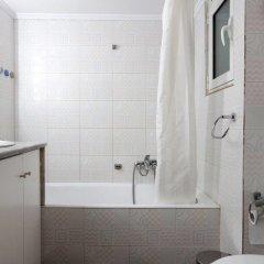 Отель Romantic Apt with Penthouse & Acropolis View ванная фото 2