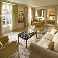 Shangri-La Hotel Paris комната для гостей фото 5