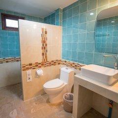 Отель Tonsai Bay Resort ванная фото 2