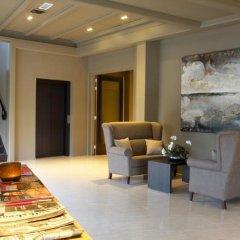 Fletcher Hotel Het Witte Huis интерьер отеля