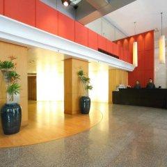 Siri Sathorn Hotel интерьер отеля