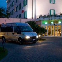 Отель Isola Sacra Rome Airport городской автобус
