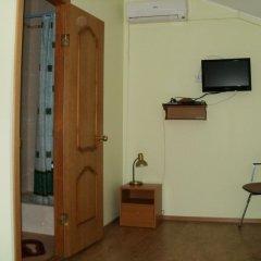 Гостиница Pale сейф в номере