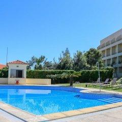 Hotel Horta бассейн