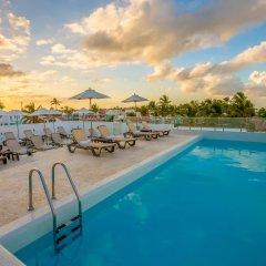 Отель whala!bávaro Доминикана, Пунта Кана - 5 отзывов об отеле, цены и фото номеров - забронировать отель whala!bávaro онлайн бассейн фото 2