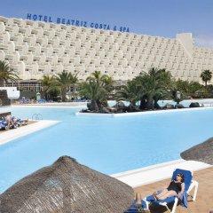Hotel Beatriz Costa & Spa бассейн