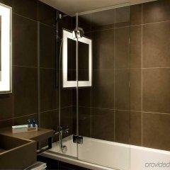 Отель Novotel London West ванная фото 2