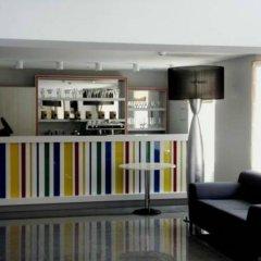 Гостиница Reikartz Мариуполь Украина, Мариуполь - отзывы, цены и фото номеров - забронировать гостиницу Reikartz Мариуполь онлайн гостиничный бар
