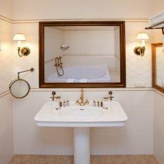 Гостиница Stolichniy Hotel Украина, Донецк - отзывы, цены и фото номеров - забронировать гостиницу Stolichniy Hotel онлайн ванная