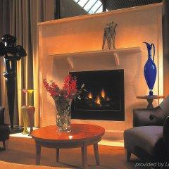 Отель The Listel Hotel Vancouver Канада, Ванкувер - отзывы, цены и фото номеров - забронировать отель The Listel Hotel Vancouver онлайн интерьер отеля