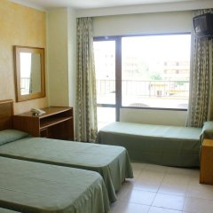 Отель Lively Magaluf - Adults Only комната для гостей