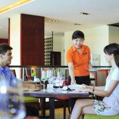 Отель Novotel Nha Trang гостиничный бар