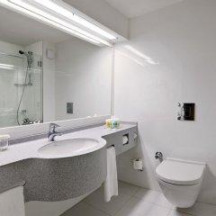 Отель Holiday Inn Istanbul City ванная фото 2
