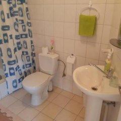 Отель Rugelis Литва, Мажейкяй - отзывы, цены и фото номеров - забронировать отель Rugelis онлайн ванная