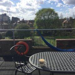 Отель 2 Bedroom Flat in North Kensington Великобритания, Лондон - отзывы, цены и фото номеров - забронировать отель 2 Bedroom Flat in North Kensington онлайн балкон