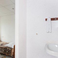 Гостиница AMAKS Центральная Стандартный номер разные типы кроватей фото 27