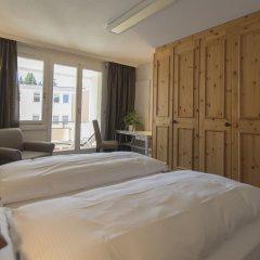 Отель Spenglers Inn Швейцария, Давос - отзывы, цены и фото номеров - забронировать отель Spenglers Inn онлайн комната для гостей