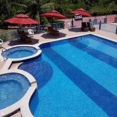 Отель North Star Villa Очо-Риос бассейн