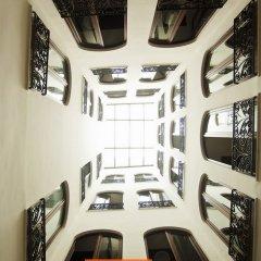 Отель Room Mate Leo Испания, Гранада - отзывы, цены и фото номеров - забронировать отель Room Mate Leo онлайн интерьер отеля фото 3