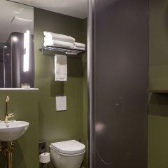 Отель THE FRITZ Düsseldorf Германия, Дюссельдорф - отзывы, цены и фото номеров - забронировать отель THE FRITZ Düsseldorf онлайн ванная