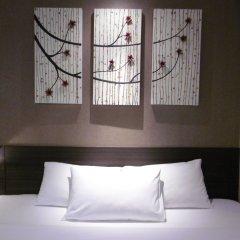 Отель Green Bells Residence New Petchburi Бангкок комната для гостей фото 3
