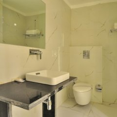 Hotel Aman Continental in New Delhi, India from 30$, photos, reviews - zenhotels.com bathroom photo 2