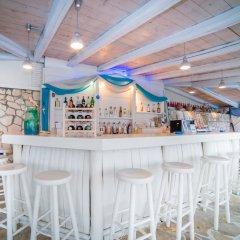 Porto Koukla Beach Hotel гостиничный бар