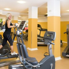 Holiday Beach Budapest Wellness & Conference Hotel фитнесс-зал фото 2