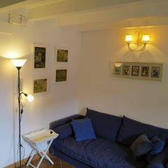 Отель La Casa delle Fate Италия, Сиракуза - отзывы, цены и фото номеров - забронировать отель La Casa delle Fate онлайн комната для гостей