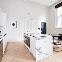 Отель Stunning Covent Garden Suites by Sonder в номере