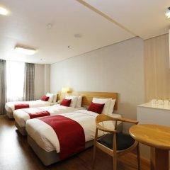 Отель Ramada by Wyndham Seoul Dongdaemun комната для гостей