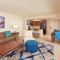 Отель Hilton Grand Vacations on Paradise (Convention Center) комната для гостей фото 5