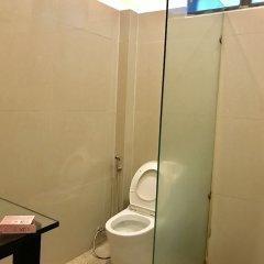 Отель Hiranyika Cafe and Bed Таиланд, Самуи - отзывы, цены и фото номеров - забронировать отель Hiranyika Cafe and Bed онлайн ванная фото 2