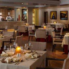 Отель Kenilworth Beach Resort & Spa Индия, Гоа - 1 отзыв об отеле, цены и фото номеров - забронировать отель Kenilworth Beach Resort & Spa онлайн питание