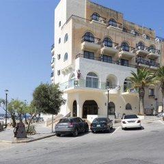 Отель Gillieru Harbour Сан-Пауль-иль-Бахар парковка
