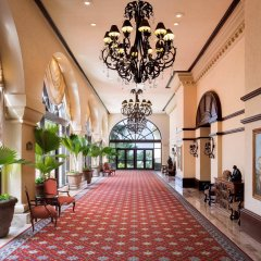 Отель Marriott Cancun Resort интерьер отеля